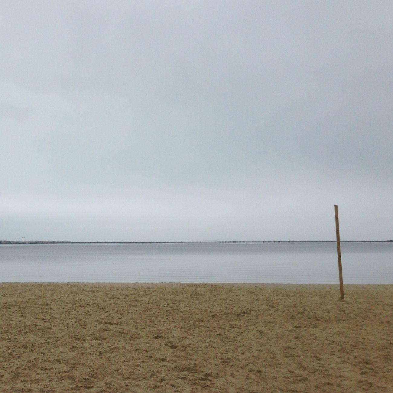 La plage abandonnee ...