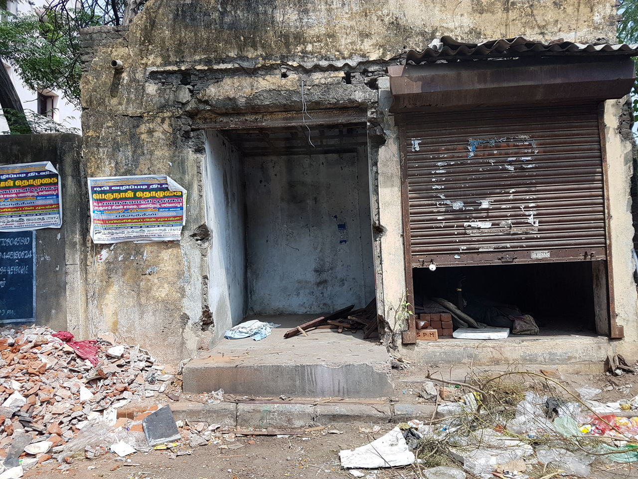 Abandoned Architecture Bad Condition Broken Building Built Structure Chennai Closed Damaged Day Deterioration Dirty Empty Garbage India Messy Mylapore No People Obsolete Old Outdoors Residential Structure Run-down Weathered