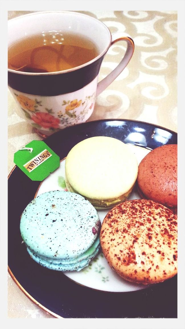 perfect combination. love plus you and me. ♥ Frenchmacaron Love Happiness Macaronlove