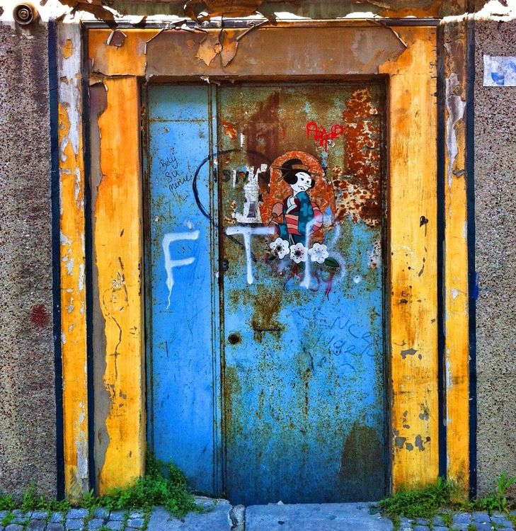 door in İstanbul by Audiosoup