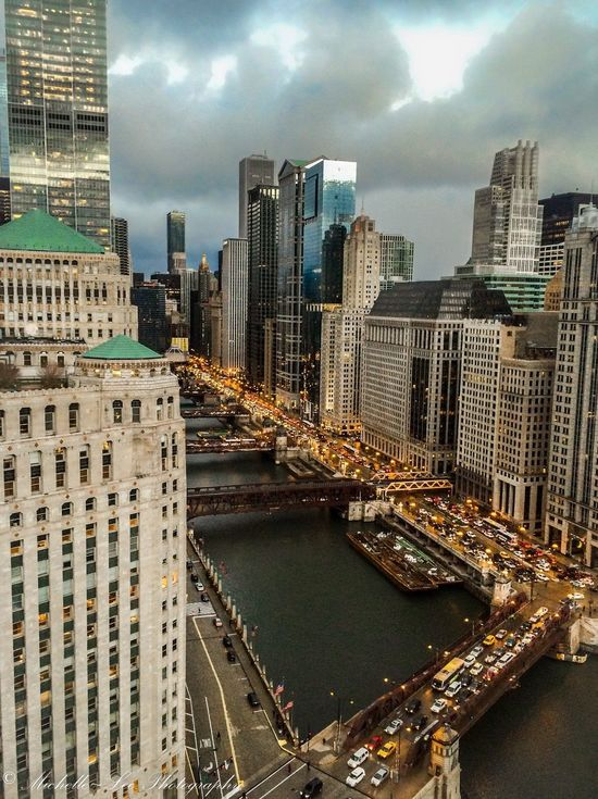 Check This Out Taking Photos Travel Photography I Love This City Great View Chicago River Chicago Skyline Chicago Chicago Architecture Chicago River Scenery Twilight Twilightscapes Twilight Sky Dusk In The City Dusk The Night Life
