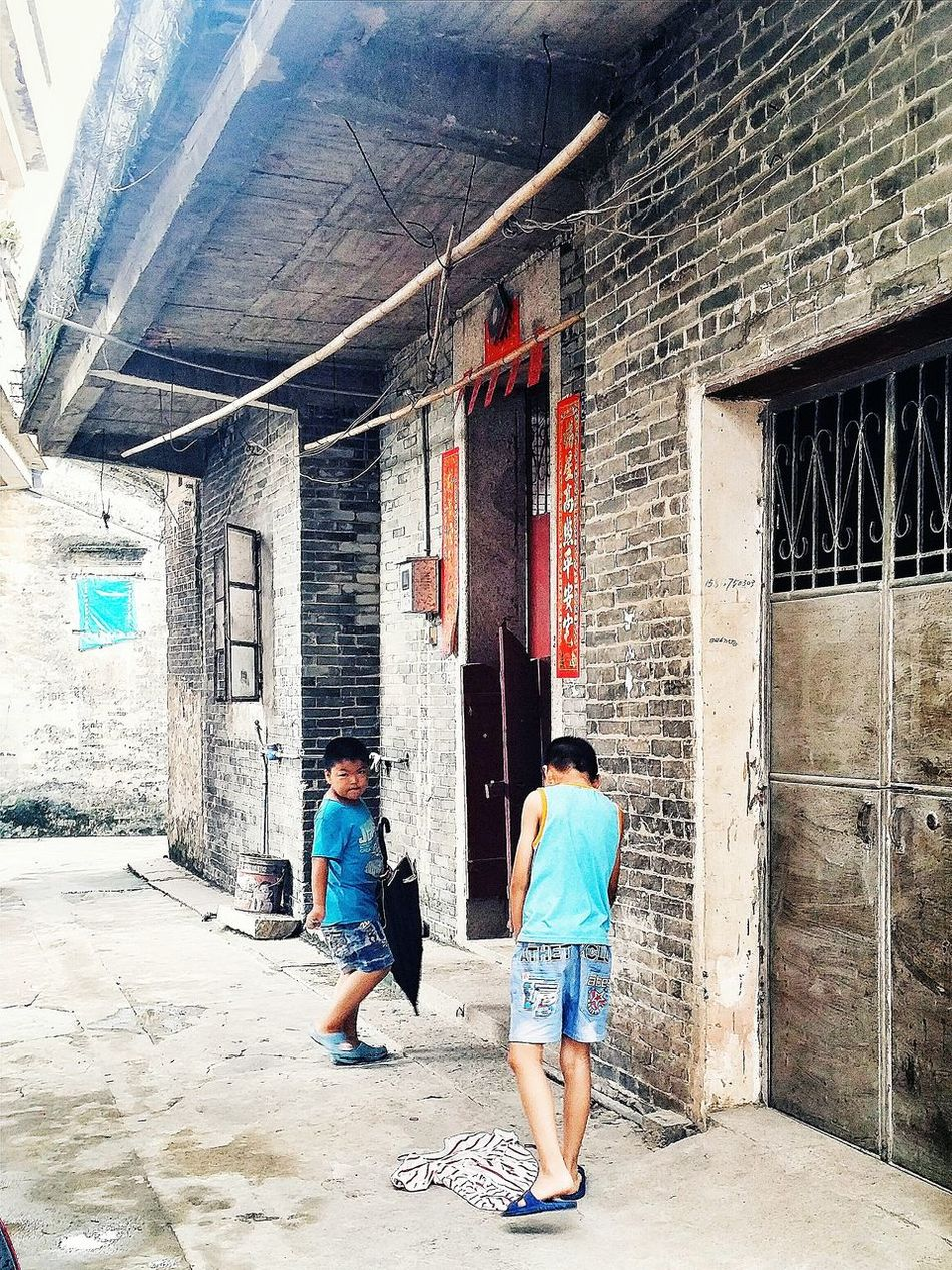 We were blessed. An Occupant returns. We ask for entry. Mother's second Childhood Home 1930s 1940s Village Jiangmen Guangdong China Travelphotography
