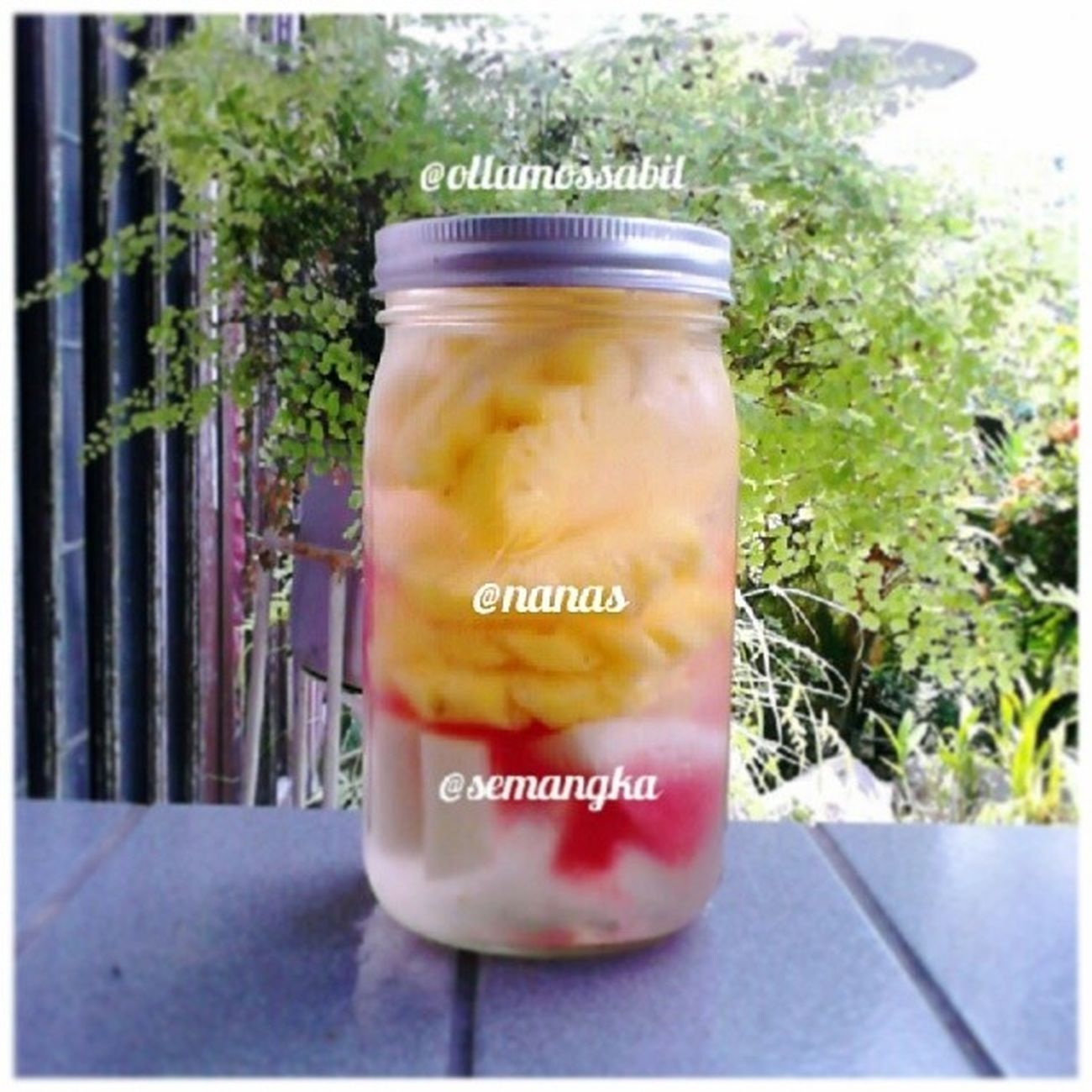 just a Simple Infusedwater .. .. only Semangka Nanas .. rasanya manis and asem ~ <3 .. Silahkan dicoba yaaaa.. feel free for tagging and mention ur infused water to me ..