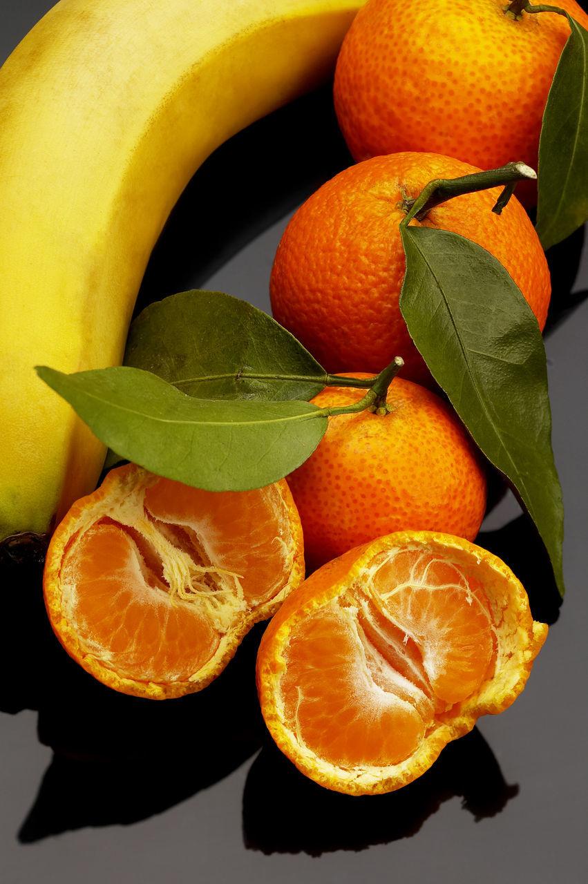fruit, orange - fruit, citrus fruit, orange color, healthy eating, food and drink, freshness, food, no people, slice, close-up, indoors, day