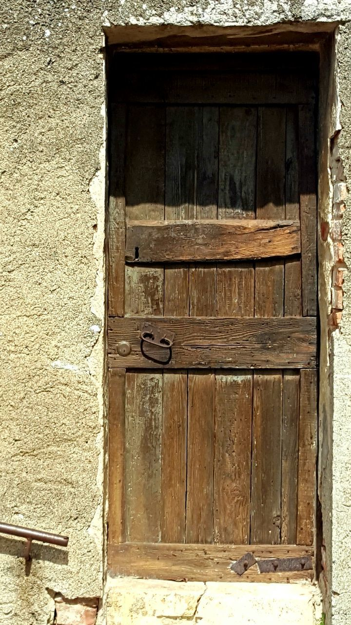 door, wood - material, built structure, architecture, day, no people, building exterior, outdoors, close-up
