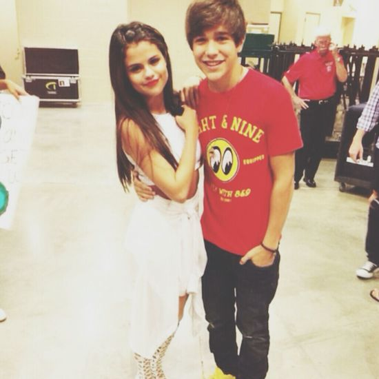 Selena Gomez  Austin Mahone