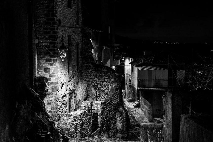 Luce Abandoned Architecture B&w Black And White Borgo Antico Illuminated Night No People Ombre Streetphotography