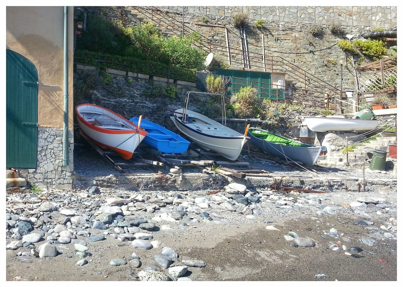 Casetta con approdo in riva al mare. Spiaggetta Little Beach Approdo Landfall Boats And Moorings Beach Day Sand Outdoors No People Sunlight Shadow Architecture Nature Town Sea Town Genoa Android Photography Note 2 Rocks And Water Smartphone Photography