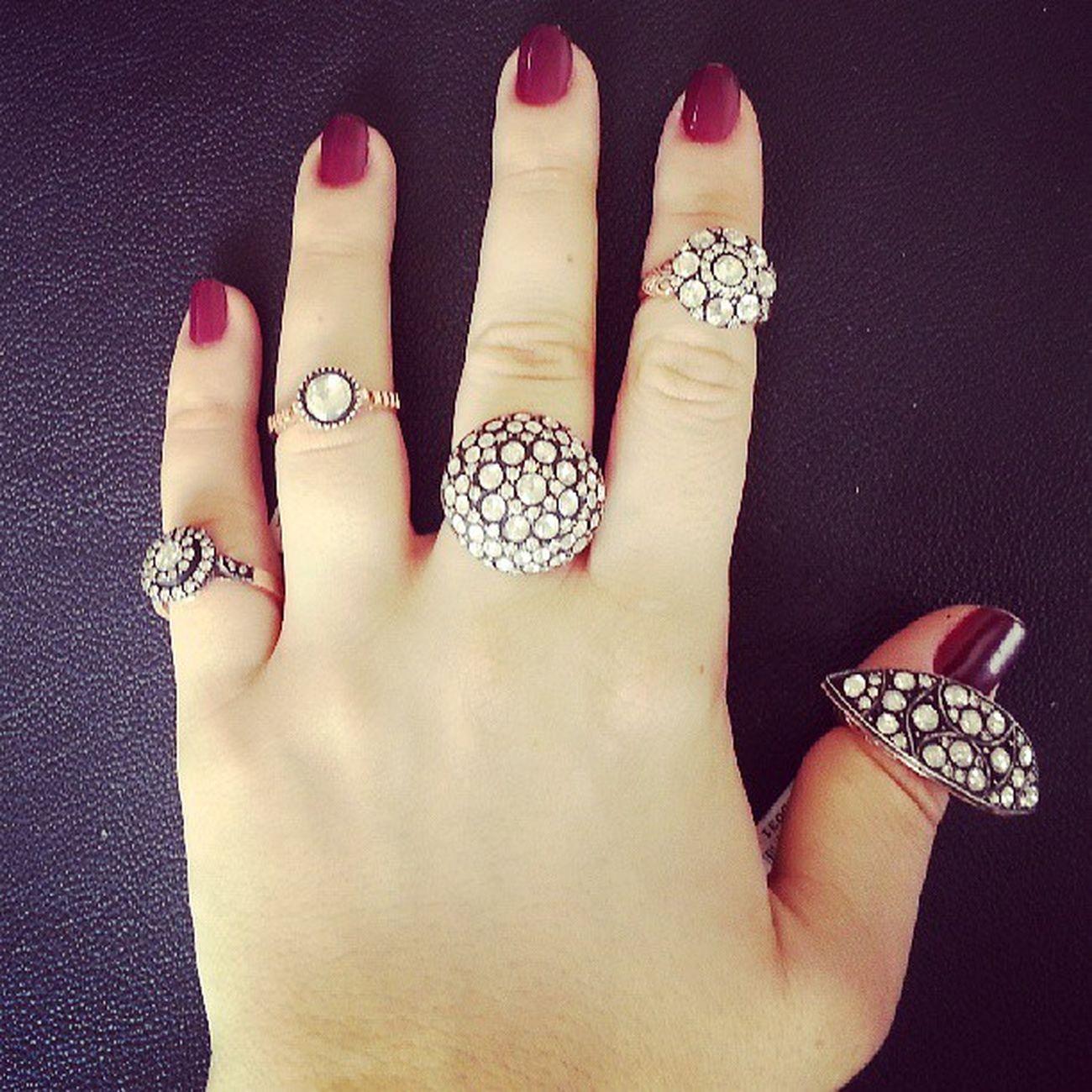 Birkac favori modelim olabilir.Bence bu gayet normal:)) Instapod Instaturk Instagramania Jewellery Jewelery Elmas Pirlanta Style Rosecut Mücevher Instajewelery Instadaily Igers Igersturkiye Igfashion Igersmania Fashion Elite Stil
