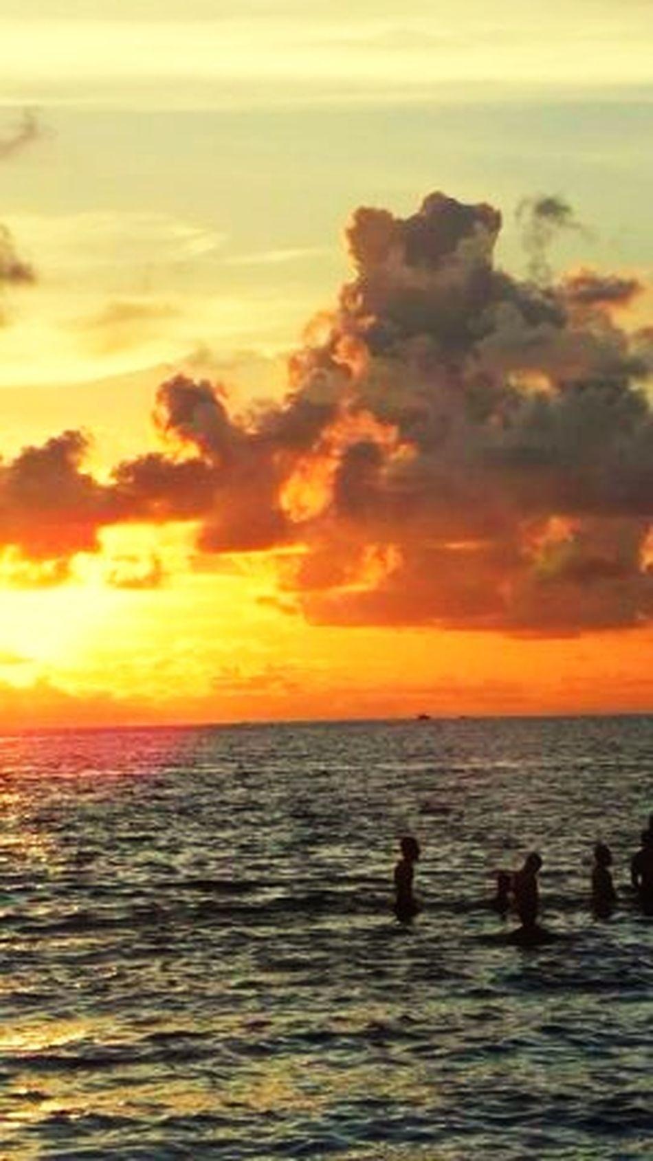 Sunset Indonesia_manado Potrait