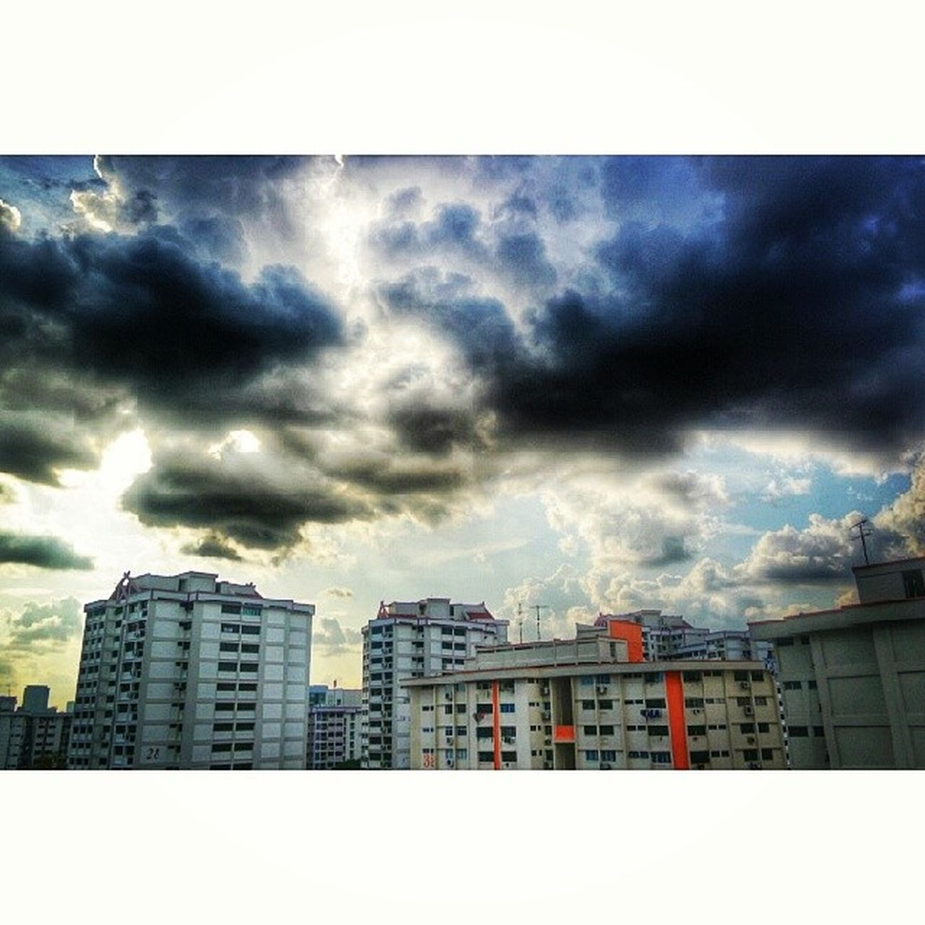 Massive rain clouds. Clouds Cloudofart Instagramhub Instadaily photooftheday Igerssg igrecommend