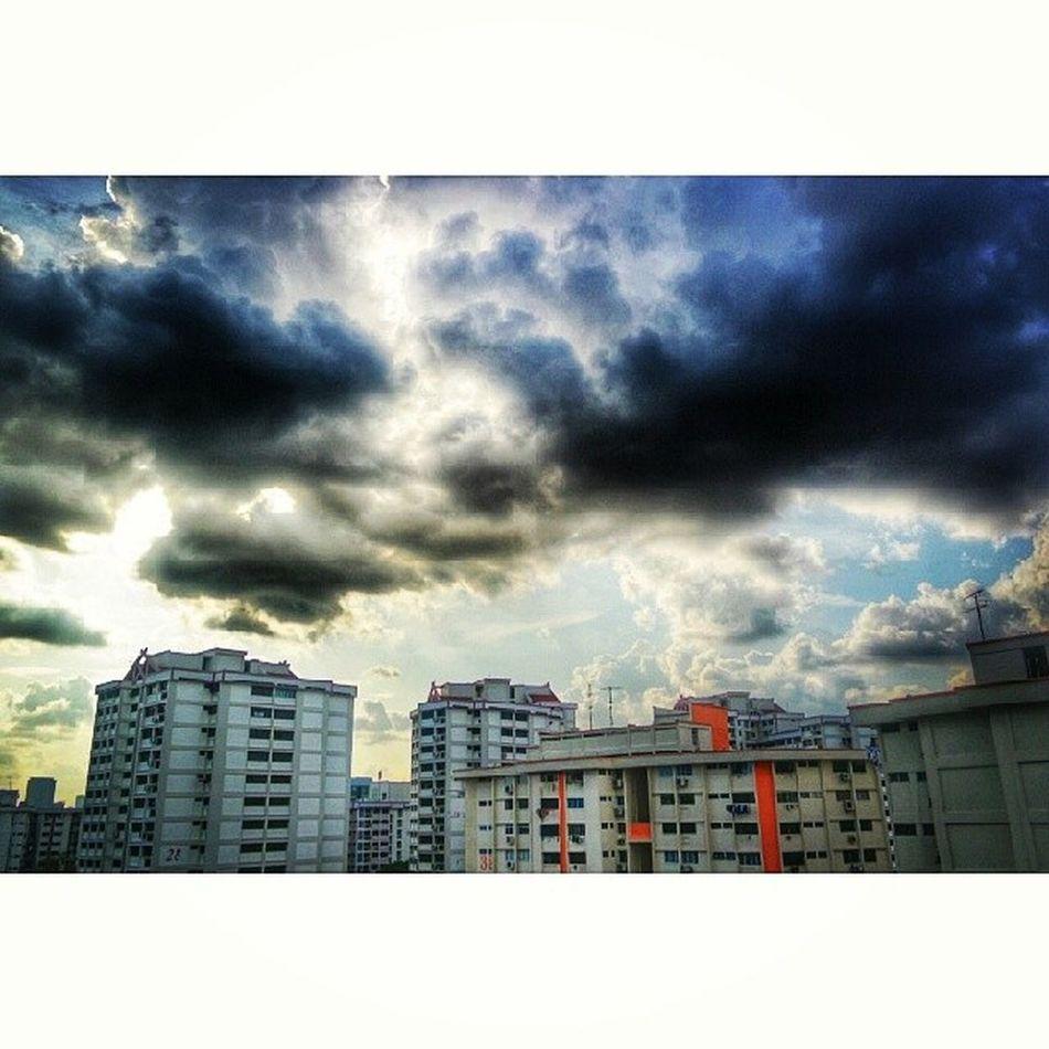 Massive rain clouds. Clouds Cloudofart Instagramhub Instadaily photooftheday Igerssg igrecommend