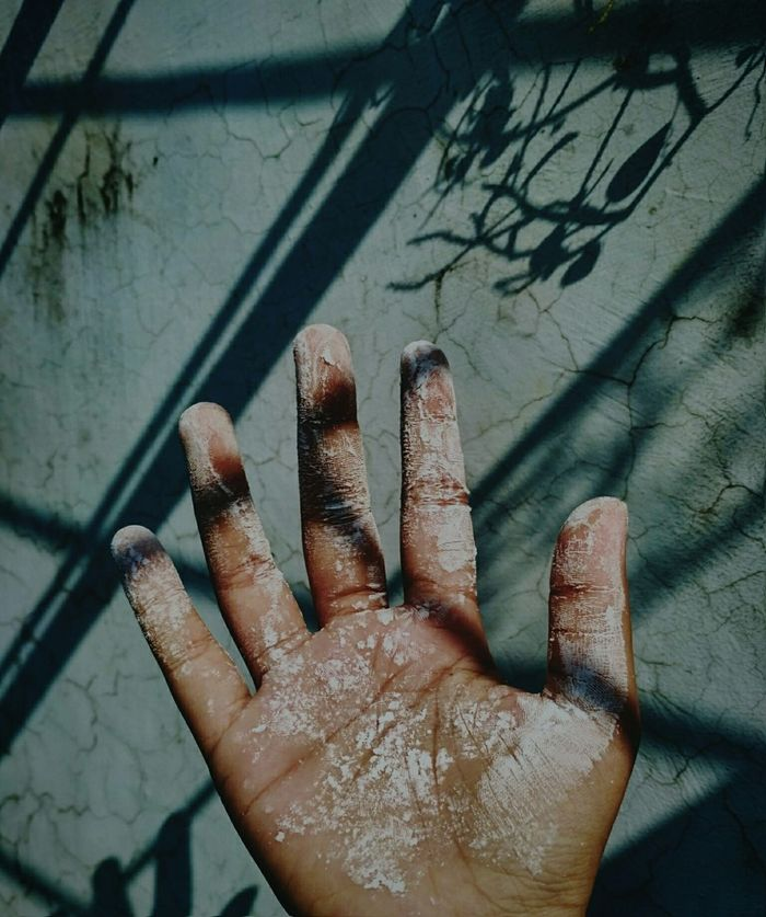 Human Body Part Human Hand Shadow Day Palm One Person Wall Sunlight Palm Hand Cracked Wall Shadows & Lights Light Dirty Hand Shadow And Light Sunlight And Shadow Out Of The Box Fade Faded Color Faded Colors Live For The Story EyeEmNewHere Sommergefühle Neon Life