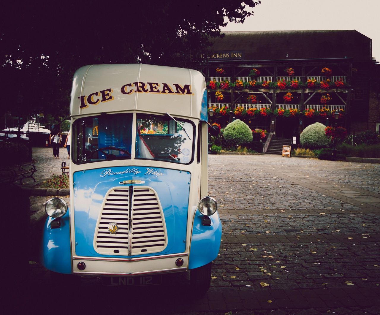 Ice cream? In this weather? Old-fashioned Blue Retail  Canon 650D Colour Of Life City London Docklands London Ice Cream Street Outdoors EyeEm Best Edits Eye For Photography Day Van St. Katherines Dock Canon August August 2016