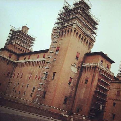 Ferrara Modena Castle Photooftheday History Historycastle Photography PhonePhotography Italy Beautiful