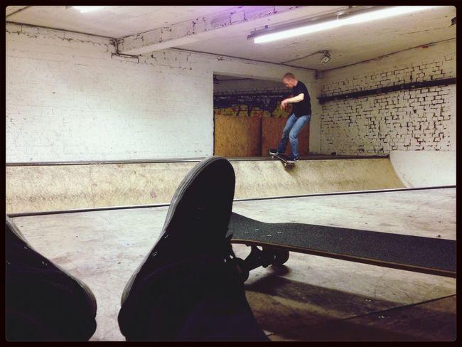 Hanging Out at skaterpalce in Münster Skateboarding Skate