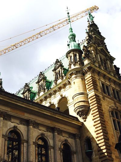 Architecture Low Angle View Sky Built Structure Building Exterior townhall Day Outdoors hamburg