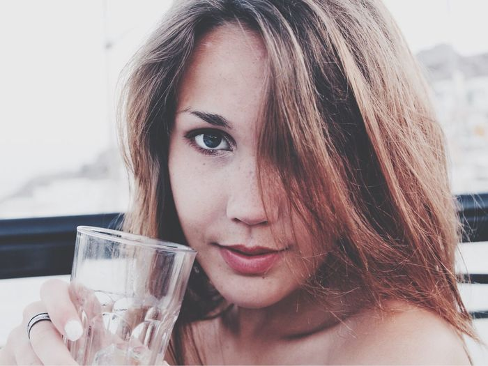 Young girl Girl Beautiful Girl Face Faces Of Summer Freckles Closeup Greece Summer In Greece Longhair Happy Drinking Drinks Drink Water Drinking Water Girls Young Women Faces Of EyeEm Faces Faces In Places Faces Of The World Faces Of Eyem Face Of EyeEm Beautiful Happy People