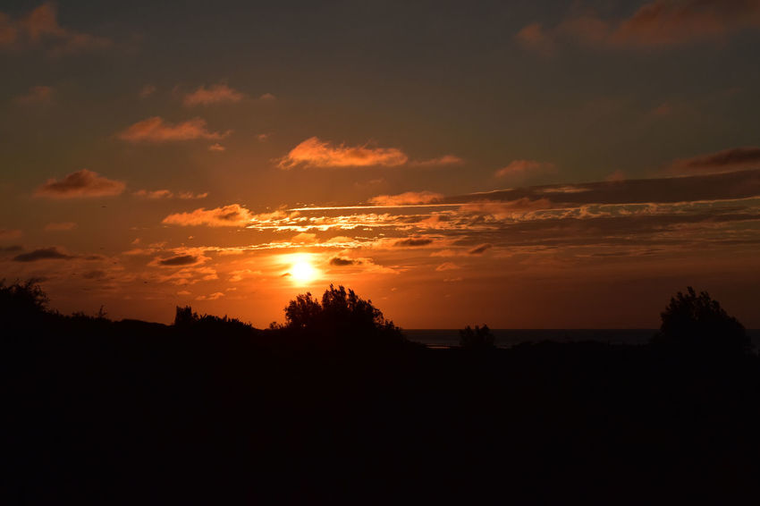 #sunset #sun #clouds #skylovers #sky #nature #beautifulinnature #naturalbeauty #photography #landscape #sunsets #thenetherlands Mesmarizingclouds Nature Outdoors Sky