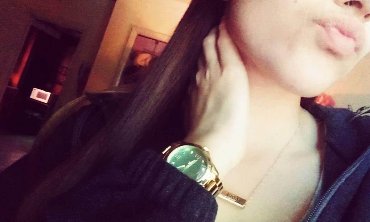 Watch Neckless Diamonds Natrual Hair Lips Girly Beautiful Gold Torquise Wristporn Live Laugh Love Me Selfienation
