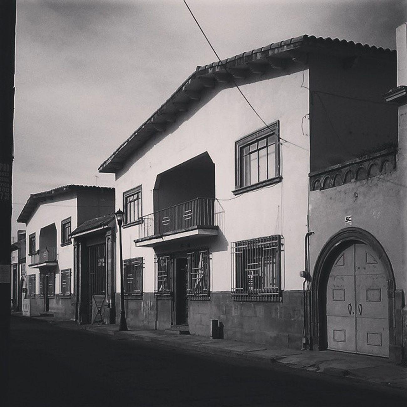 Un lugar misterioso en la ciudad... Photography Blackandwhite Creepy CelayaGto Mexico
