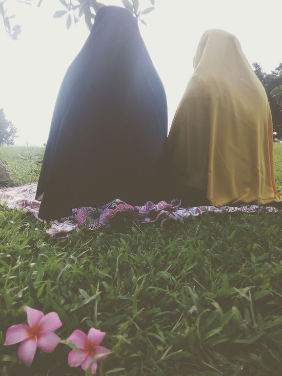 Praying Muslimah I'm Proud To Be Muslim Taking Photos Getting Inspired Capture The Moment