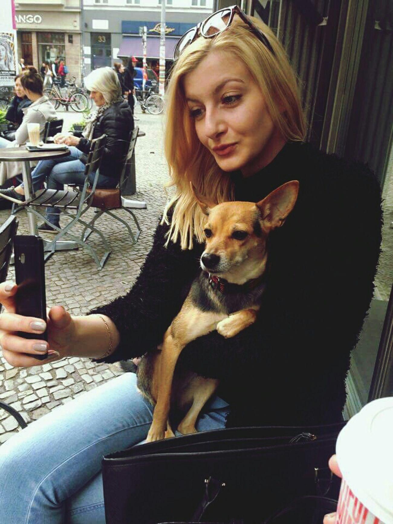 She Caught Me Selfie Time Fuchsi