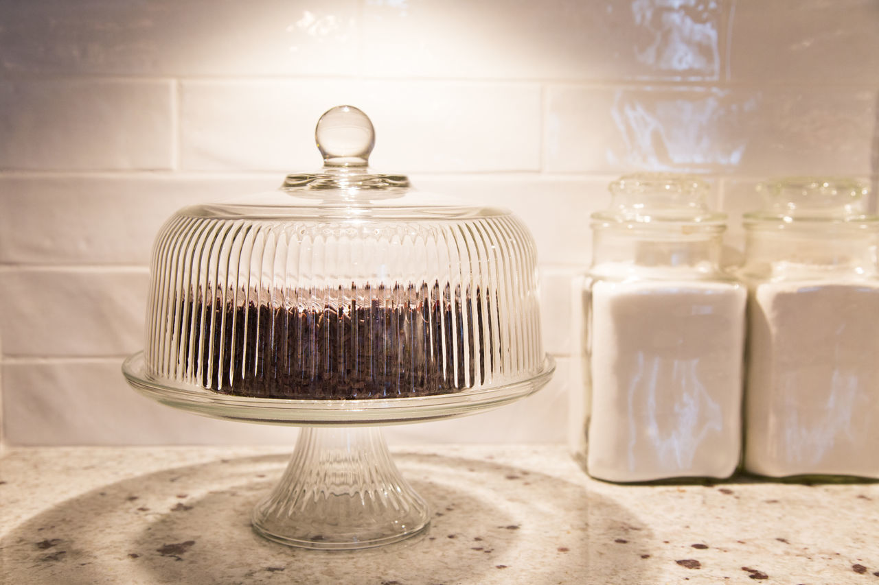 Vintage look chocolate cake display Antique Artistic Baking Cake Cake Plate Canister Chocolate Chocolate Cake Counter Covered Plate Flou Footed Plate Jars  Kitchen Light And Shadow Round Simple Still Life Sugar Tempting Vintage Vintage Glassware Visual Feast White EyeEmNewHere