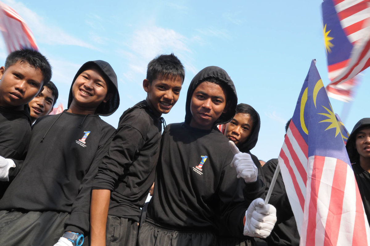 Merdeka Day celebration is held in commemoration of Malaysia's Independence Day at Dataran Merdeka; one of the most colorful events celebrated annually. Celebrate Dataran Female Festival Flag Freedom Independence Day Jalur Gemilang Kuala Lumpur Loyal Malaysia Merdeka Nation National Patriotic Peace Prime Minister Proud Spirit Uniform Uniforms The Color Of School Youth People And Places Battle Of The Cities