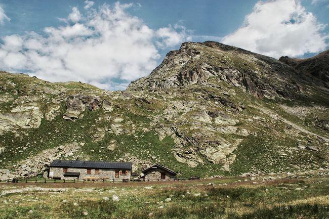 House Mountain Outdoors Rocky Mountains Alps Mountain Lodge Aosta