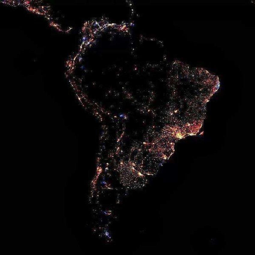 AmericaDoSul Hello World Nofilter#noedit Satelite Photography Show Foto: Fonte Desconhecida