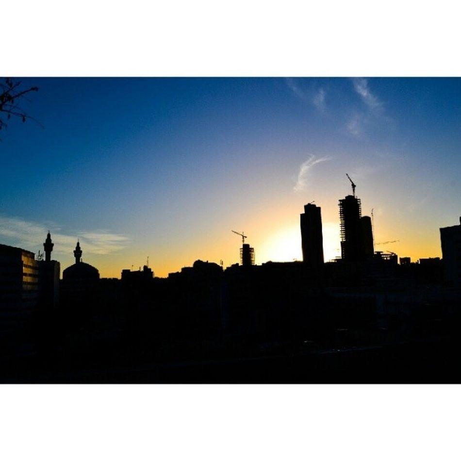 Lalj Beautifuljordan Amman Jordan sky_masters skyviewers sun sunset mosque tower clouds seeamman beamman layaliamman spiritofjordan instajo jogram jordangram livelovejordan liveloveamman liveammanlivejordan