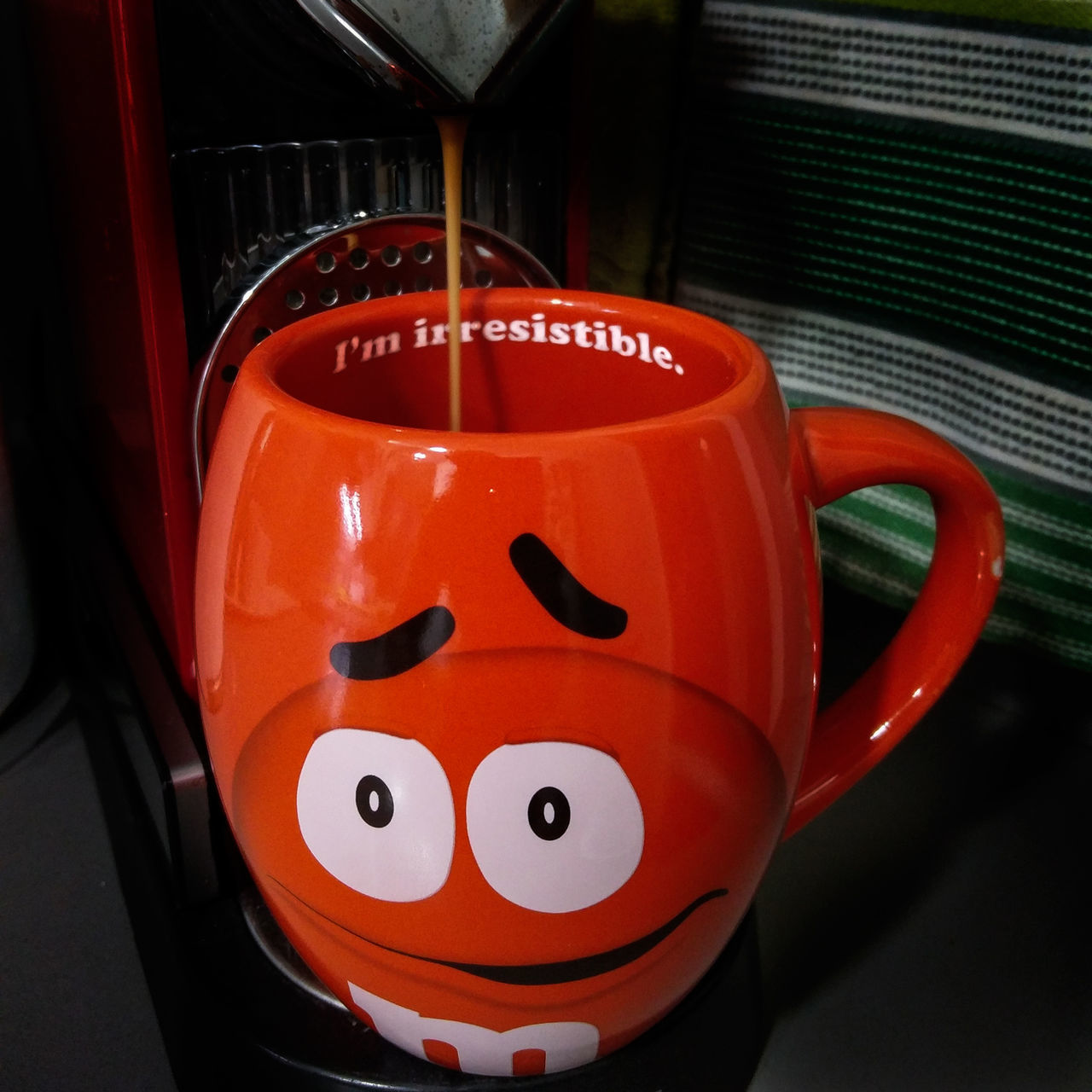 red, drink, no people, close-up, indoors, anthropomorphic face, day, freshness