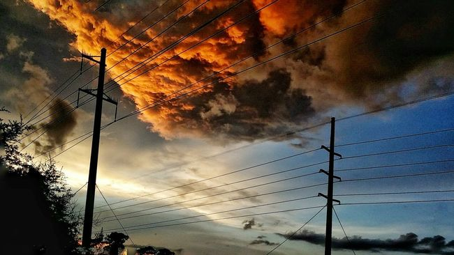 Powerlines Burning Sky Stormy Clouds Sunset Hour Florida Sunset Sky And Clouds Clouds On Fire Light And Shadow