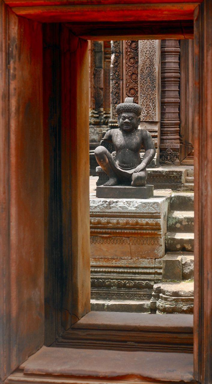 Statue In Banteay Srei Temple