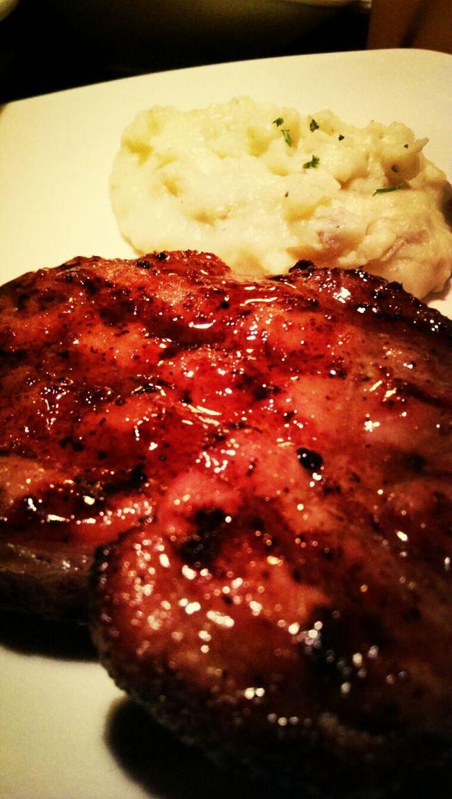 Mmmmmmm! Quality Cut Eating Dinner Yummy Food