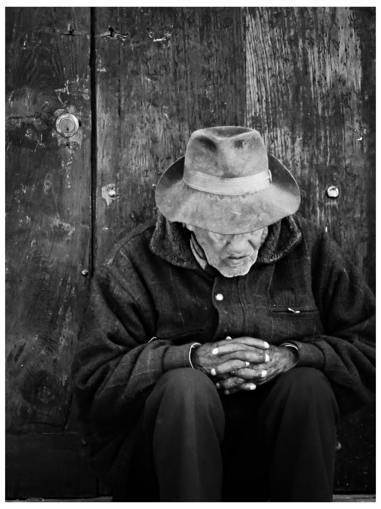 Lapaz Bolivia EyeEm Best Shots - Black + White Streetphoto_bw Monochrome Blackandwhite Tadaa Community EyeEm Best Edits Eye4 The Streets Streetphotography Traveling Portrait NEM Black&white B&w Street Photography