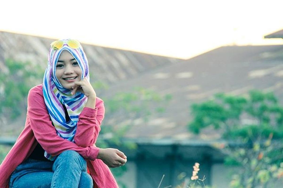 Pelabuhancirebon Cirebon  Canon Cirebonjepret Eos600d EOS Port Photography Cirebonview Fotokita Canon_official Photoshoot Hijabstyle  Model @dindaanggita15