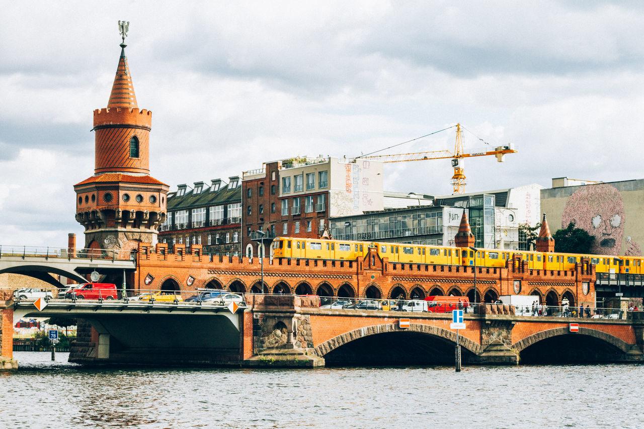 best bridge, best city Berlin Crane Kreuzberg Train Warschauerbrücke