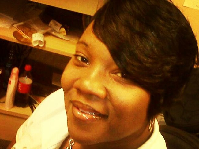 this my momma I don't Ike her all that much but I do love her to death....