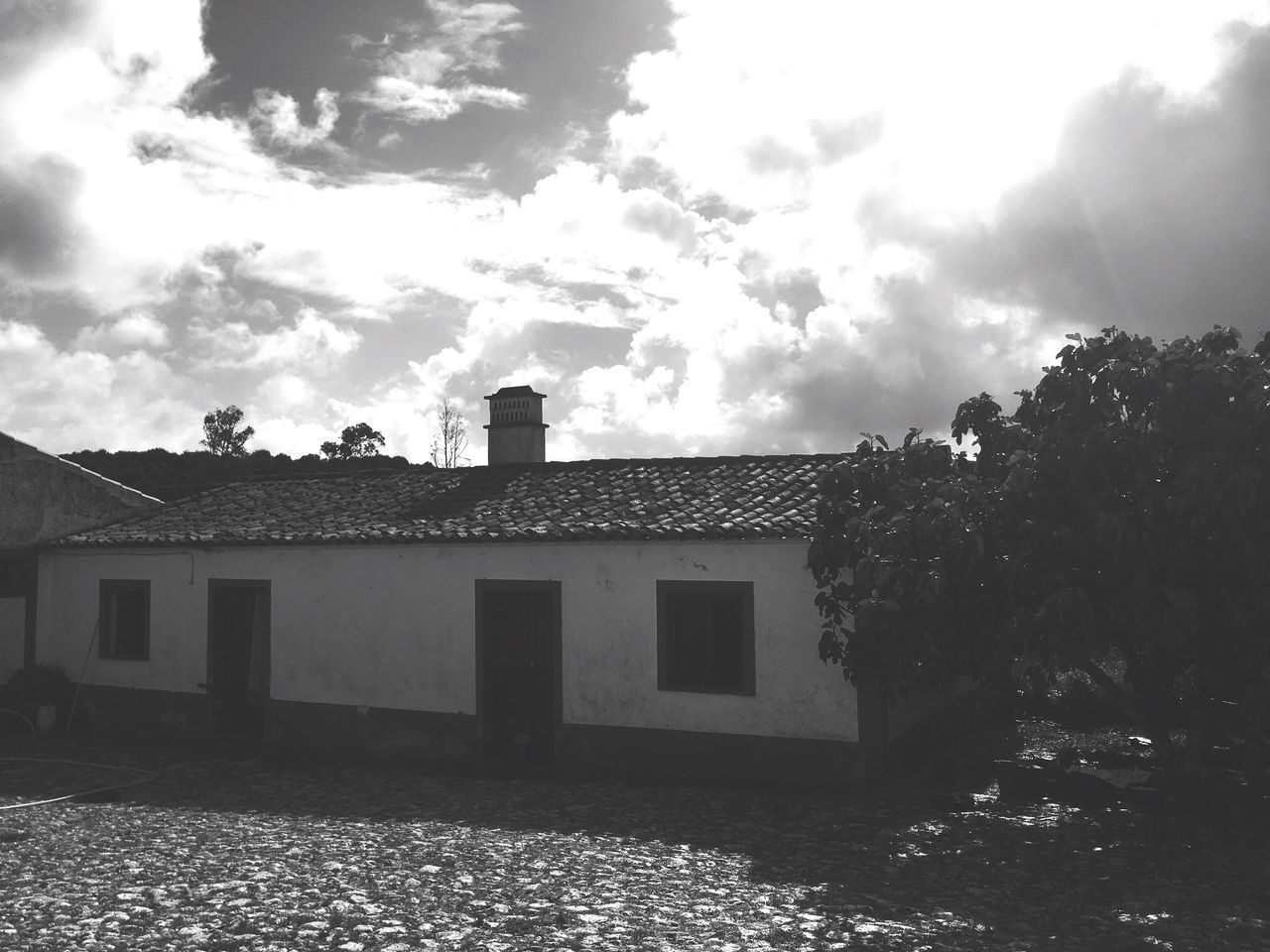 Herdade do Telheiro. Architecture Relaxing Moments No People Cloud - Sky Building Exterior Built Structure Sky House Tree Outdoors Day Low Angle View Nature Black & White Odemira Alentejo,Portugal