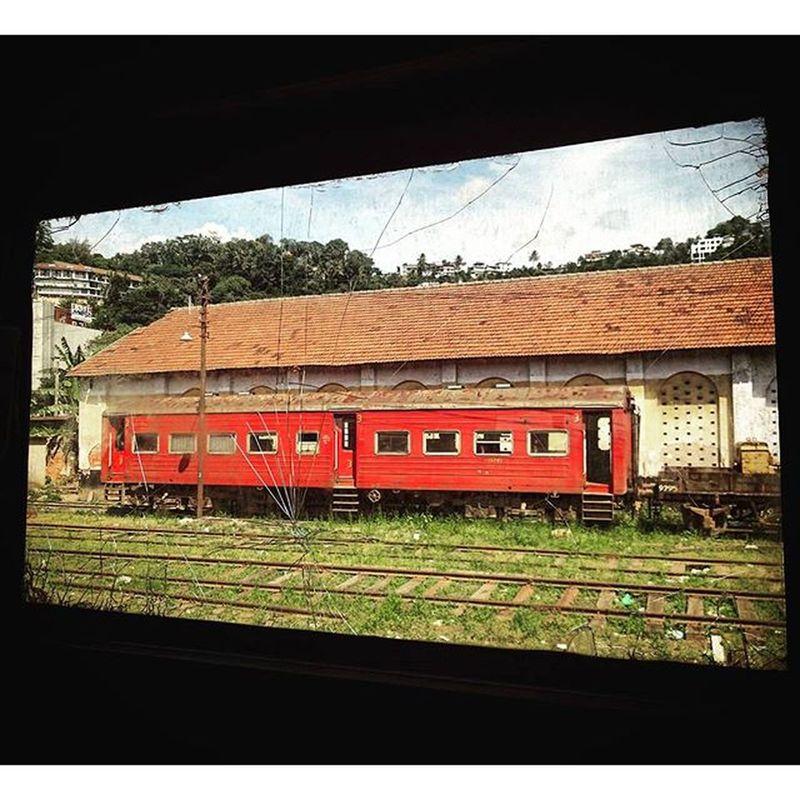 真係風景如畫... Kandy Railway SriLanka Railwaystation