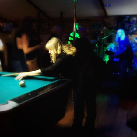Capturing Freedom Friends People Watching Hanging Out Enjoying Life Portrait Of America Portrait Shooting Pool Portrait Of A Woman Hello World