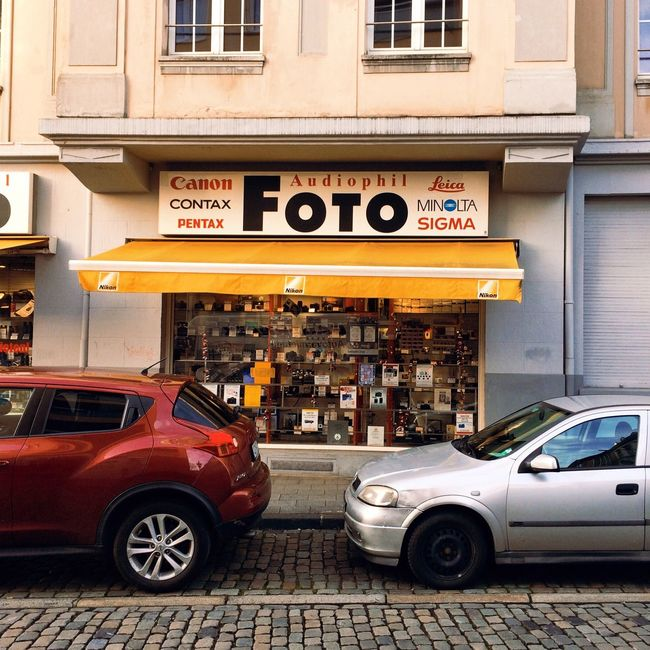 Deutschland Germany Taking Photos Photography Check This Out City Urban Reisen Travel Traveling On The Road Freelance Life Yellow Streetphotography Walk Windows