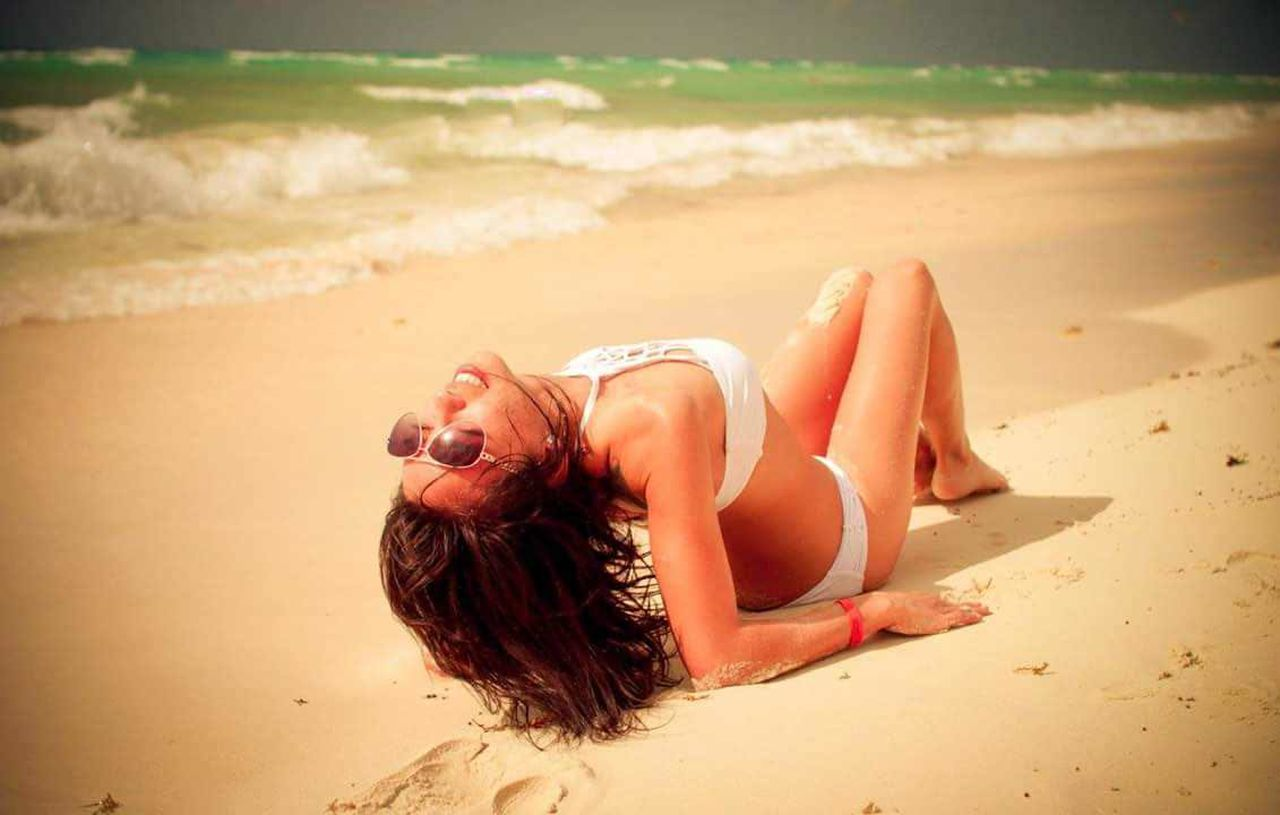Beautiful People mexico beach 😍 Young Adult Sea Beach Summer Lying Down Vacations Relaxation Sand Swimwear Beach Holiday Sunlight Beauty Bikini Water Outdoors Modeling Gorgeous