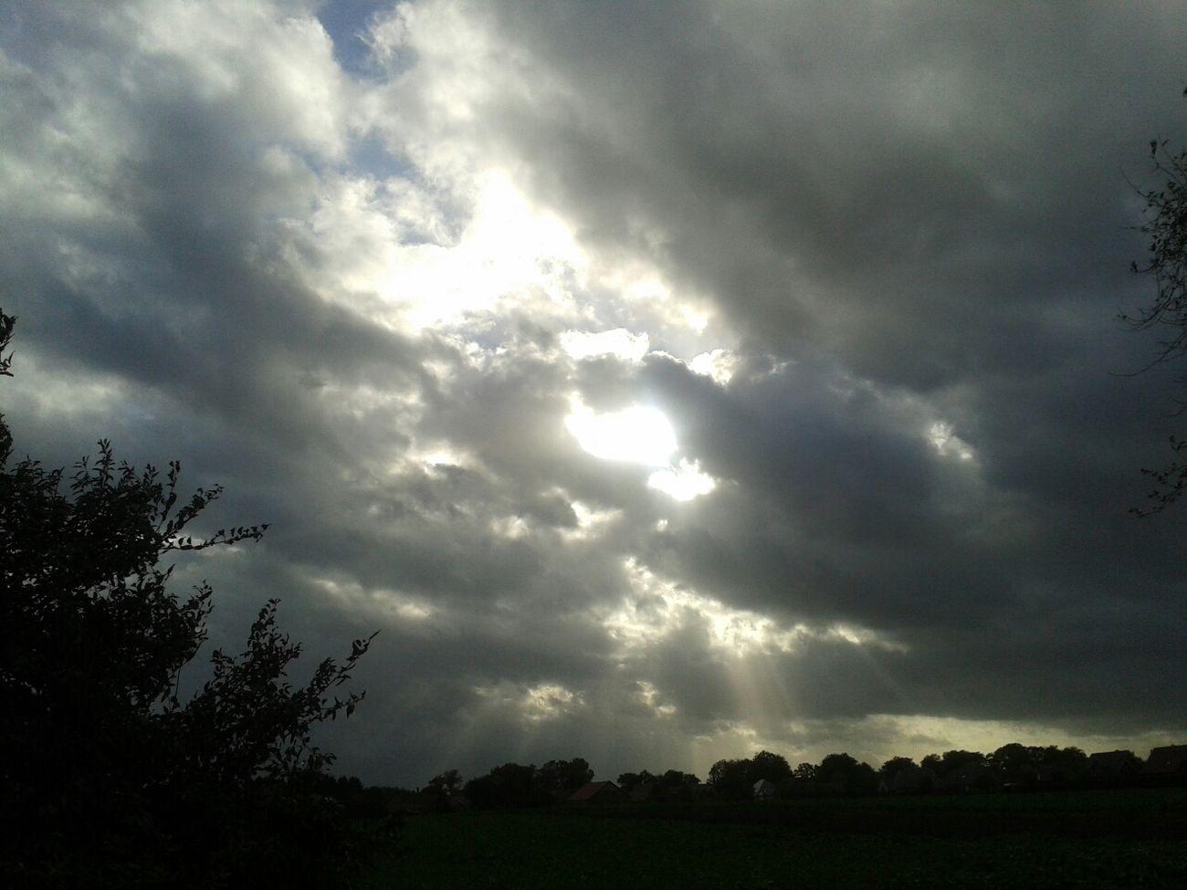 15 Uhr der Himmel über Altenberge in Haren_Ems