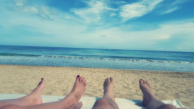 No problems Horizon Over Water Beach Barefoot Vacations Relaxation Personal Perspective Sky Togetherness Sand
