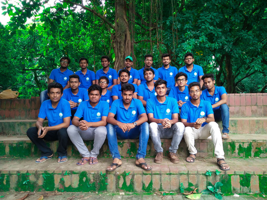 People And Places Blue Outdoors Day Front View Green Color Full Length Togetherness Beauty In Nature Friendship