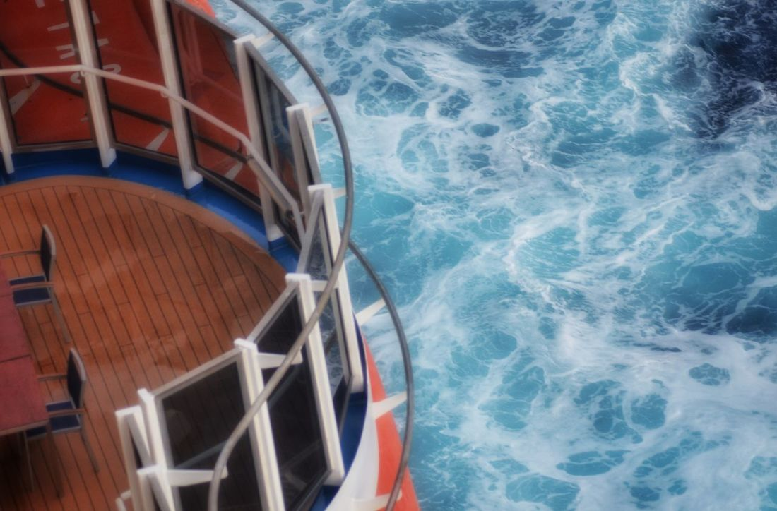 Carnival_magic Cruising Ocean Enjoying Life Cruise Ships I Can't Think Of Another Tag Blueocean Dramatic Angles