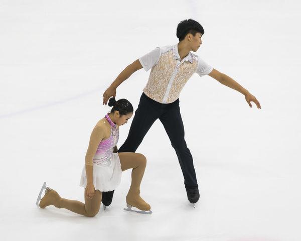 Hyungtae KIM & Su Yeon KIM, Korean Fair Skaters Couple Duo Figure Skating Hyungtae KIM Ice Arena Ice Rink Su Yeon KIM Fair Skating Figure Skater White Background